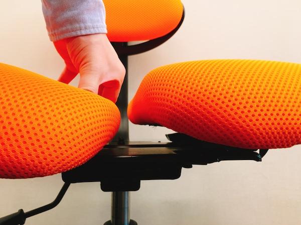 ハラチェア HARA D の国際特許技術の特許の2座面シートを押してみると